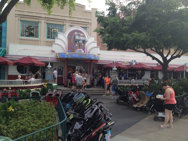 Personajes Hollywood Vine Disney