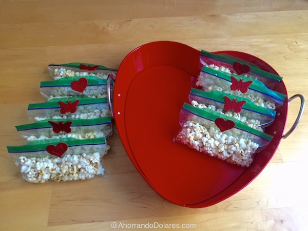 Bolsitas-de-palomitas-de-maíz-para-San-Valentin-organizar