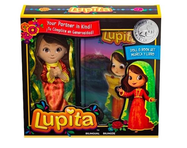 lupita munequita con mensaje Target