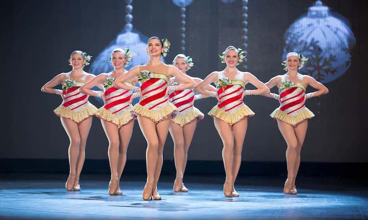 christmas-radio-city-spectacular-show-dancers-a-1
